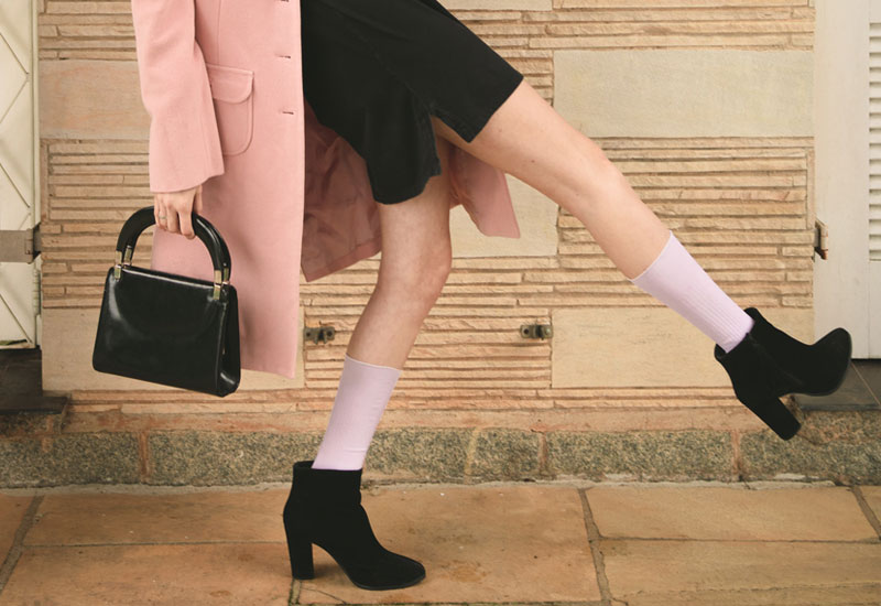 Want To Know Whether the Groovy Socks Are A Part Of Trendy Winter Outfits?
